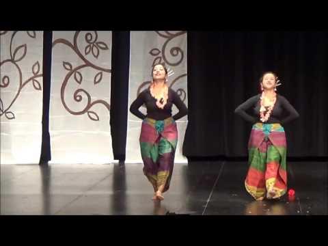 Sundori komola dance