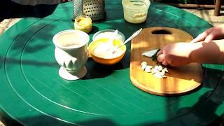 Сметанно-чесночный соус | Sour-garlic sauce