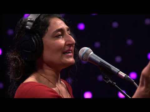 Kiran Alhuwalia - Khafa (Up In Arms) (Live on KEXP)