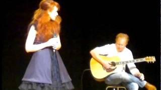 Johanna Kurkela - Rakkauslaulu / live (Kitee-sali 20.8.2011)