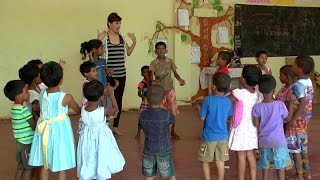 Volunteer with Children in Sri Lanka