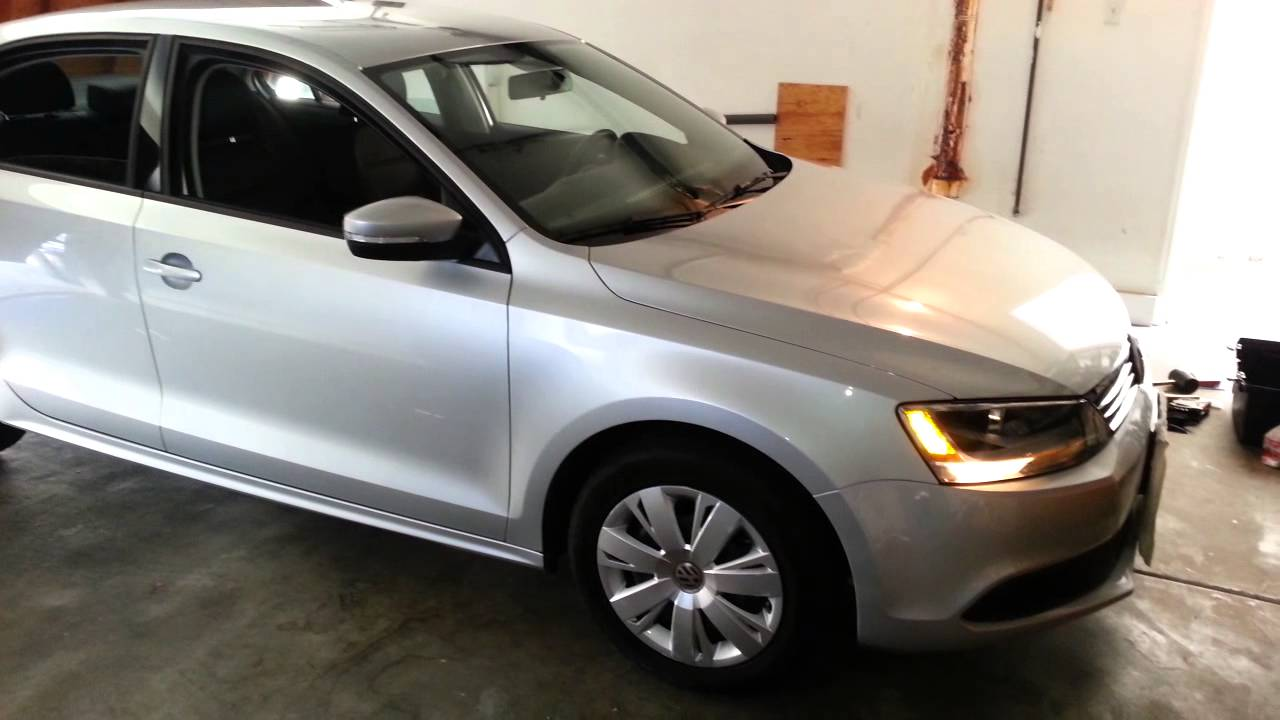2012 VW Jetta 2.5L SE Sedan - Exterior Tour - Silver Paint, Wheel Covers - YouTube