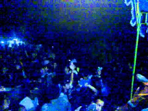 REDWINE Coolers LIVE JAMBLANG concert.mp4