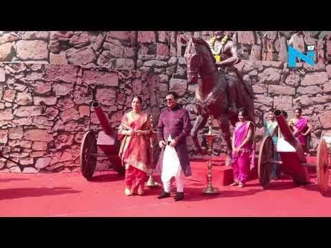 Kangana Ranaut makes a grand entry at 'Manikarnika' trailer launch