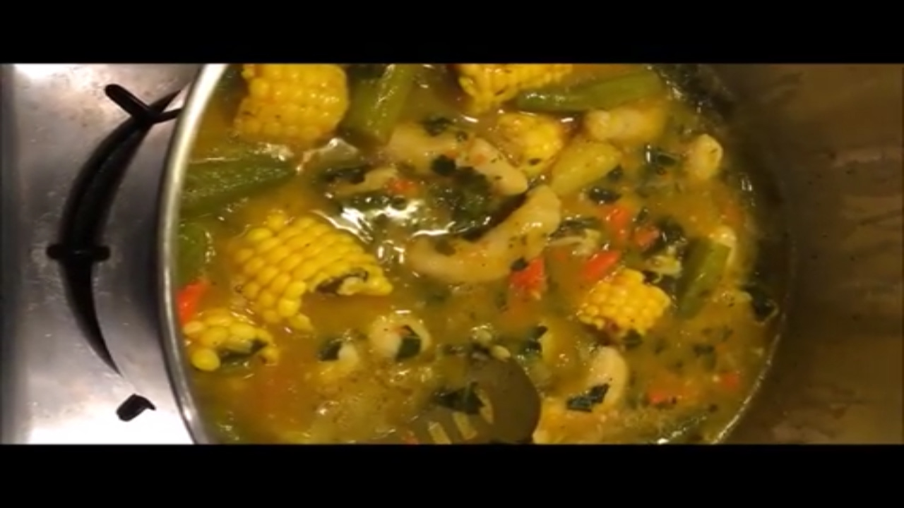 How to Make Cow Foot Soup | Taste The Bickle