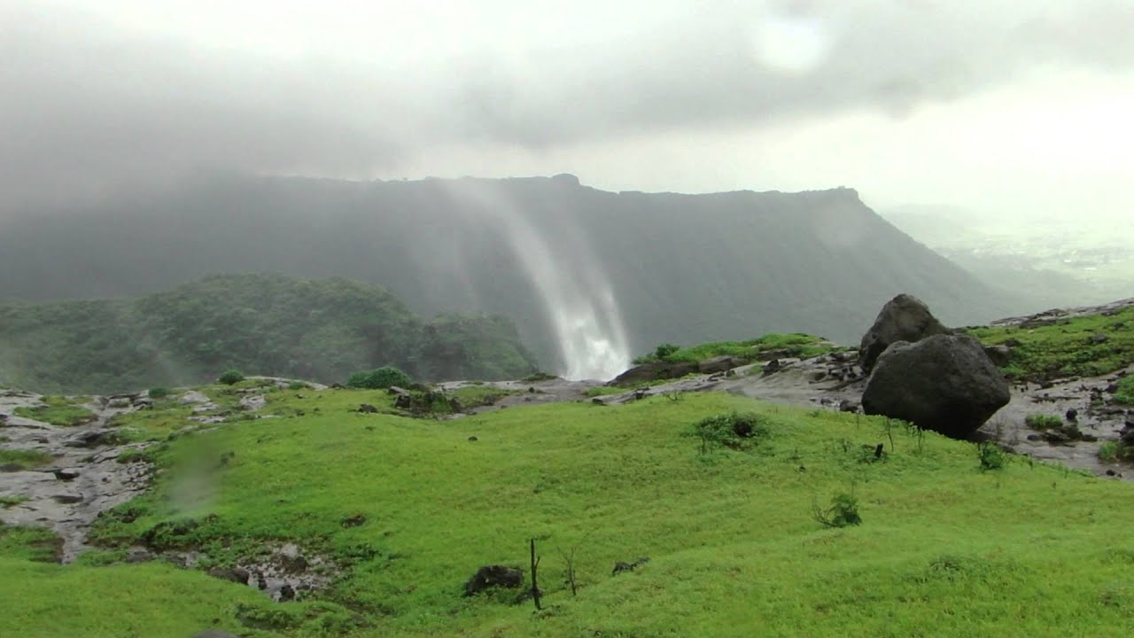 Waterfall On The Tahuli Fort Near Malang Gad Youtube
