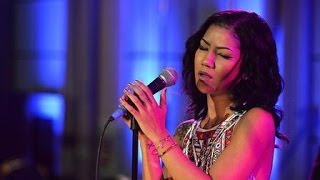 Jhené Aiko - The Worst (live at Future Festival)