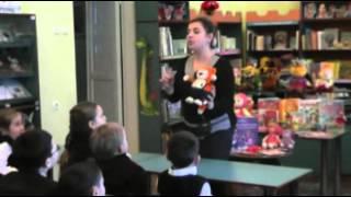 Библиотечное занятие в детской библиотеке