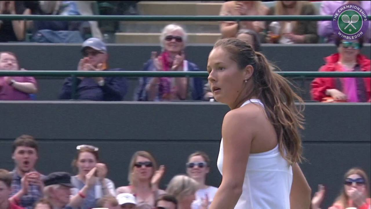 Wimbledon Williams Sisters Wow >> 2016 Day 5 Highlights Venus Williams Vs Daria Kasatkina