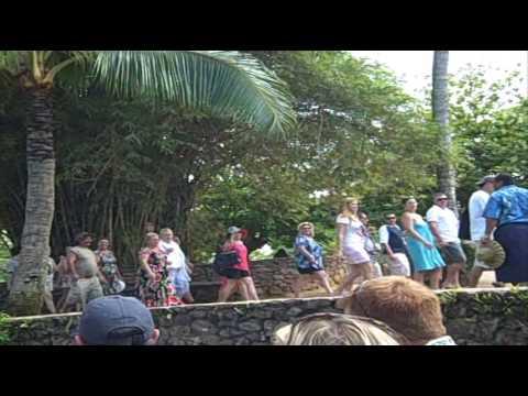canoe ride at Polynesian Cultural Center
