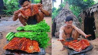 Primitive Technology :  Awesome Grilled Big (3kg) Pork Rib On The Rock ,  Eating Delicious.