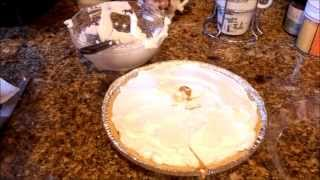 Jus4sweetz Easy Caramel Banana Cream Pie For The Holiday Season