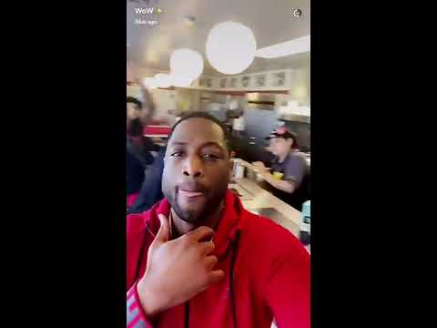 Dwyane Wade rents out Waffle House for teammates and meets Uber driver superfan