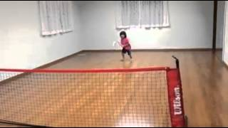 5 years old girl from Japan - good at tennis