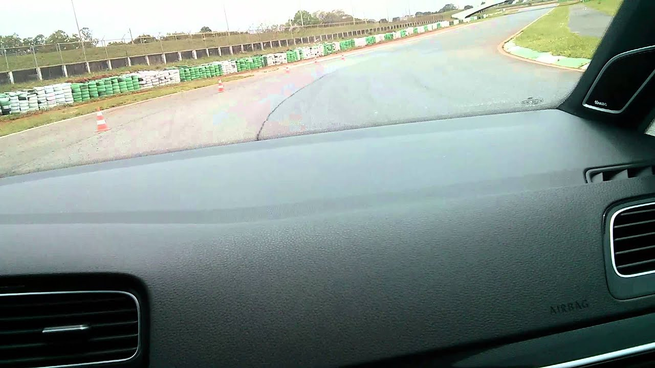 078ee676a3 Test Drive Golf GTI - Autódromo Nelson Piquet Bras - YouTube