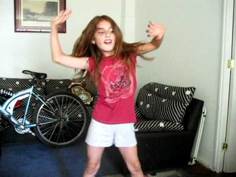 Camy bailando quot party in the u s a quot youtube