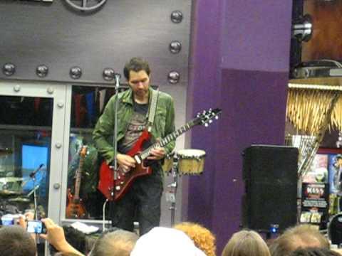 paul gilbert plays j s bach live at overland park ks guitar center youtube. Black Bedroom Furniture Sets. Home Design Ideas