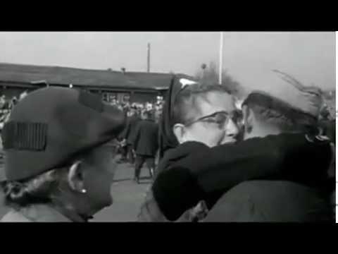 Spätheimkehrer im Durchgangslager Friedland 1956