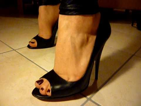 Peep toe pumps 1 youtube - My peep toes ...