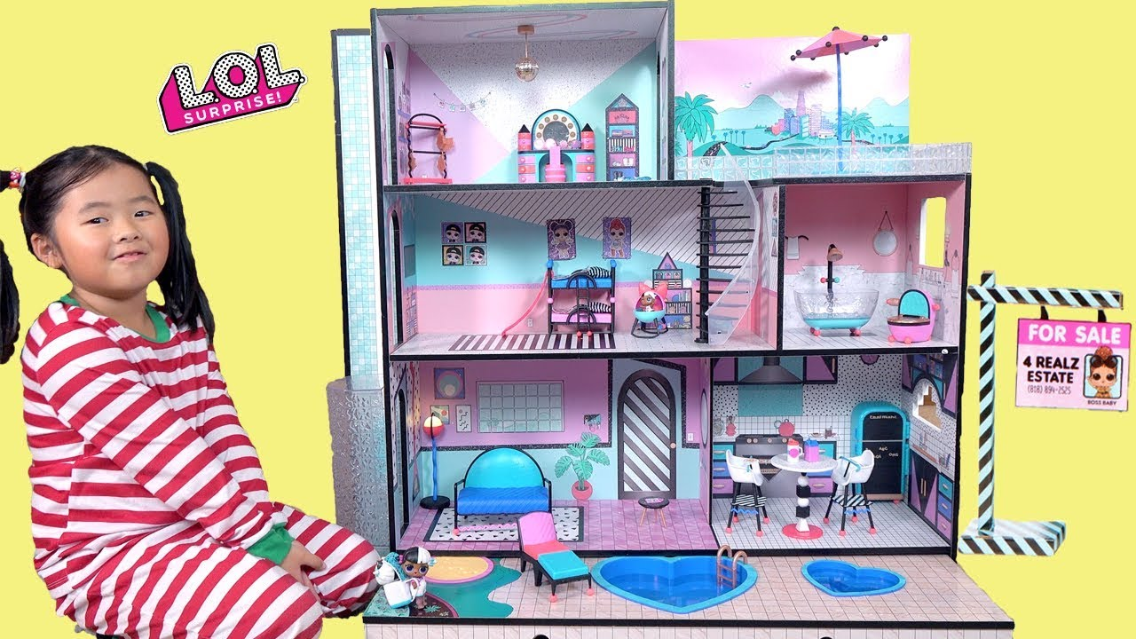 New Lol Surprise Giant Doll House Tour And Barbie Ambulance Toy Youtube