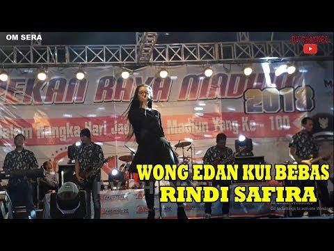 Wong Edan Kui Bebas - Rindi Safira OM.SERA | LIVE Alun Alun Madiun Mp3