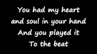 Adele - Roling In The Deep  Lyrics