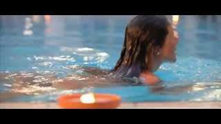 La piscina con acqua di mare riscaldata all