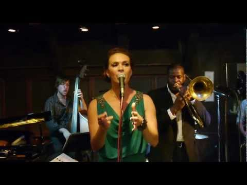 Jessi Teich: Mover And A Shaker (Chris' Jazz Cafe)