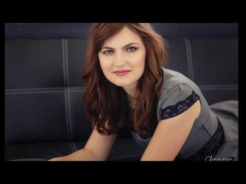 Corina  testimonial video  sedinta foto de portret