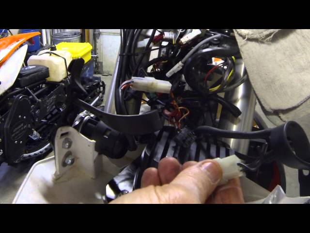 KTM WIRING ISSUES! - YouTube