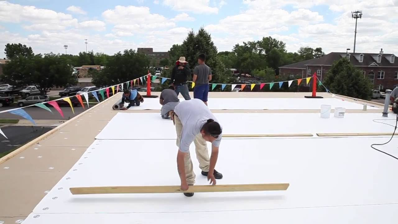 Commercial Roofing In Chicago Flat Roof Replacement Youtube
