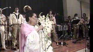 Lola Beltran le canta a Rodolfo Gonzalez (de Tala Jalisco)