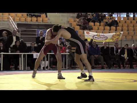 Campionato italiano lotta greco romana finale 74 Kg.mov