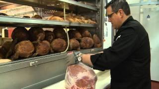 Production de saucisses de Toulouse et de jambon fumé à l'érable