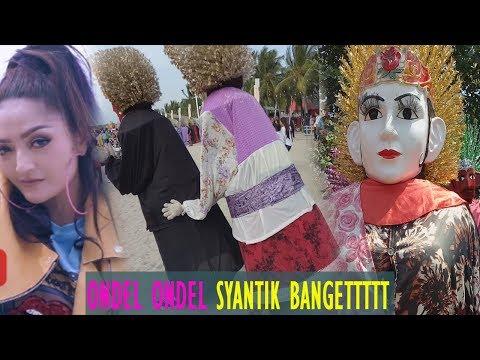 Parody Lagi Syantik - Siti Badriah Pasangan Ondel Ondel Syantik Banget
