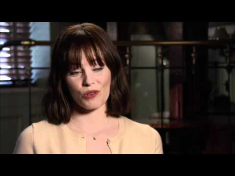 elizabeth-banks-'our-idiot-brother'-interview