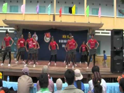 Nhảy Erobic - Văn nghệ khai mạc Hội trại trường An Phước.flv