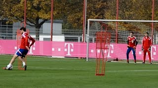 Dribblings und Torabschlüsse - FC Bayern München Training - shooting skills and saves