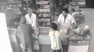 robo a farmacia - cruz verde