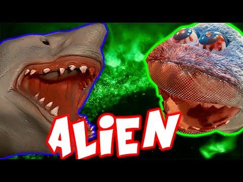 EVIL ALIEN ATTACKS SHARK PUPPET!!!!!