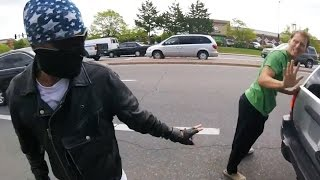 Random Acts of Kindness - Bikers Helping Others [Episode 08] thumbnail