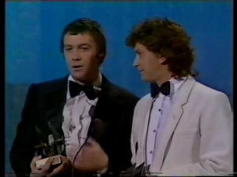 THE PROFESSIONALS: MARTIN SHAW AND LEWIS COLLINS ACCEPT THE TV TIMES TOP TEN AWARD 1981