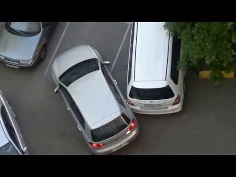 ЖЕСТЬ И ШОК!!!Две женщины на парковке или транспортный коллапс)) - Deshevlenenaidesh.nethouse.ru