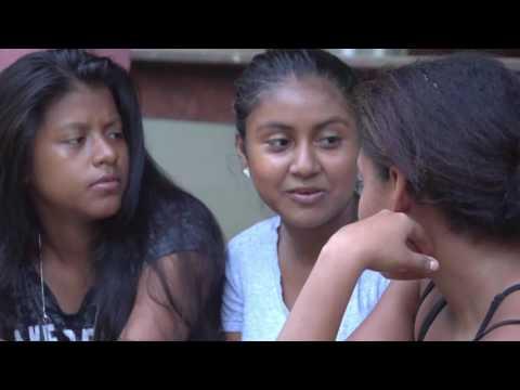 Plan International - Conoce a Brisa, gran defensora de los derechos de las niñas on YouTube