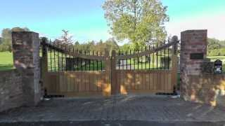 Automated Oak Driveway Gates - Automatic Entrance Gates