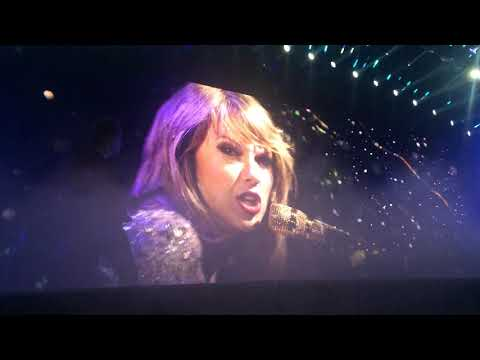 Taylor Swift - Enchanted/Wildest Dreams (LIVE) - 1989 Tour