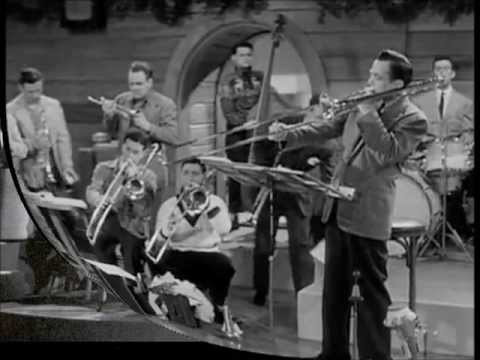Glenn Miller - Chattanoonga Choo Choo - 1941 - Stereo Soundtrack From Sun Valley Serenade Movie