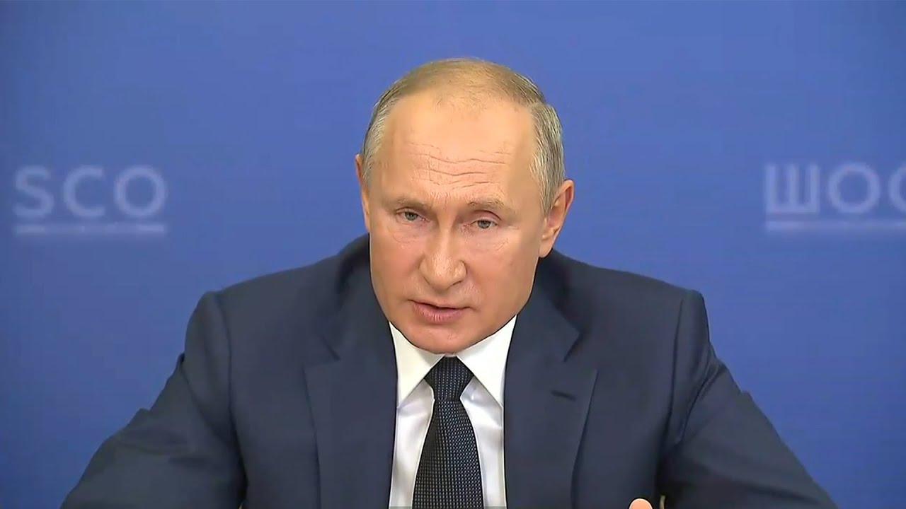 Путин пообещал, что скоро будет зарегистрирована третья российская вакцина от коронавируса