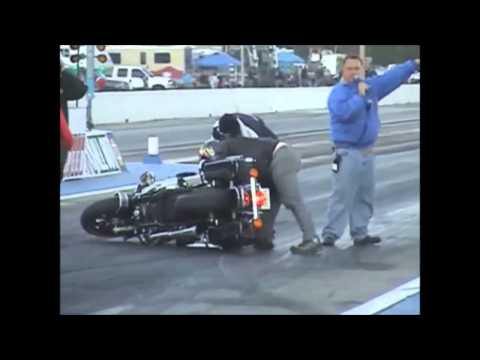 Harley Davidson Crash Compilation , motorbike crashes caught on camera 2015