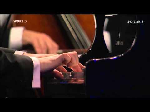 Chopin  Piano Concerto No. 1 Op.11 Evgeny Kissin